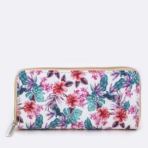 🎉5XHP🎉 Tropical floral wallet